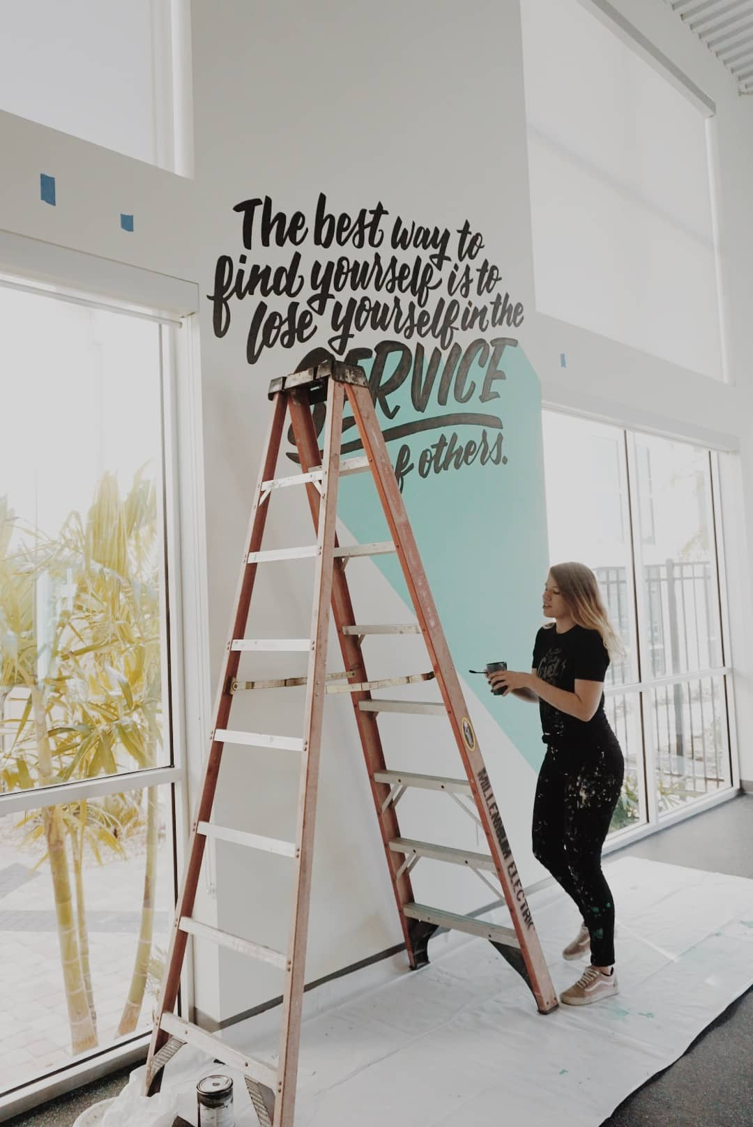 Hillery Powers hand lettering ServiceNow mural